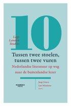 Lage Landen Studies 10 - Tussen twee stoelen, tussen twee vuren