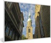 Foto in lijst - Uitzicht op de kerk in de Duitse stad Dortmund fotolijst wit 60x40 cm - Poster in lijst (Wanddecoratie woonkamer / slaapkamer)