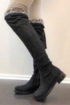 Zwarte Overknee laarzen kopen? Kijk snel!  