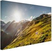Grasrijk berggebied Canvas 30x20 cm - Foto print op Canvas schilderij (Wanddecoratie)