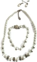 Petra's Sieradenwereld - Parelset wit (ketting, armband, oorbellen) (9)