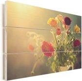 Boeket van kleurrijke boterbloemen Vurenhout met planken 90x60 cm - Foto print op Hout (Wanddecoratie)