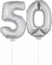 Zilveren opblaas cijfer 50 op stokjes - verjaardag versiering / jaar