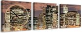 Stad bij nacht - Canvas Schilderij Klok Vierkanten