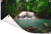 Foto van het meertje onder de watervallen van het nationaal park Erawan Tuinposter 180x120 cm - Tuindoek / Buitencanvas / Schilderijen voor buiten (tuin decoratie) XXL / Groot formaat!