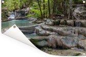 Watervallen in het Aziatische Nationaal park Erawan Tuinposter 90x60 cm - Tuindoek / Buitencanvas / Schilderijen voor buiten (tuin decoratie)