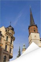 Rode toren en kerk in het Duitse Halle Poster 80x120 cm - Foto print op Poster (wanddecoratie woonkamer / slaapkamer) / Europese steden Poster