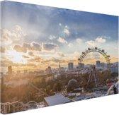 Zonsondergang bij het Wiener Riesenrad Canvas 80x60 cm - Foto print op Canvas schilderij (Wanddecoratie)