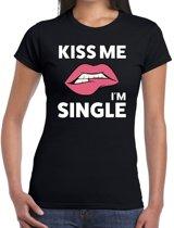 Kiss me i am single t-shirt zwart dames M