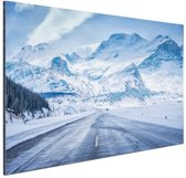 Besneeuwde bergen Aluminium 90x60 cm - Foto print op Aluminium (metaal wanddecoratie)