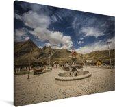 Dorpje in de vallei van de Colca Canyon in Zuid-Amerika Canvas 90x60 cm - Foto print op Canvas schilderij (Wanddecoratie woonkamer / slaapkamer)