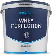 Body & Fit Whey Perfection - Eiwitpoeder / Eiwitshake - 4540 gram - Stracciatella Milkshake
