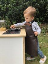 Xapron kinderen leren schort in de kleur Black - Net zo stoer als papa of mama! Lichtgewicht kookschort, handgemaakt in Nederland. Verstelbaar door middel van koord.