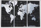 Magnetische wereldkaart op 3 zwarte metalen panelen
