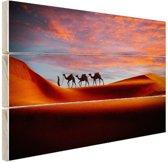 Woestijn met kamelen Hout 160x120 cm - Foto print op Hout (Wanddecoratie) XXL / Groot formaat!