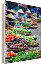 Markt Hoi An in Vietnam Vurenhout met planken 60x90 cm - Foto print op Hout (Wanddecoratie)