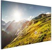 Grasrijk berggebied Aluminium 180x120 cm - Foto print op Aluminium (metaal wanddecoratie) XXL / Groot formaat!