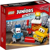 LEGO Juniors Cars 3 Guido en Luigi's Pitstop - 10732