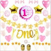 Roze en Goud Eerste Verjaardag Versierpakket met versiering voor een kinderverjaardag en feest van een baby dreumes of peuter meisje versier het feest met o.a. ballonnen slingers prikkers Gouden ster en roze hart
