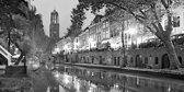 De Oude gracht in Utrecht in zwart wit, Nederland in schilderij look | stad, modern, sfeer | Foto schilderij print op Canvas (canvas wanddecoratie) | KIES JE MAAT