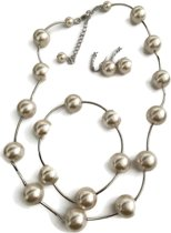 Petra's Sieradenwereld - Parelset wit (ketting, armband en oorbellen)