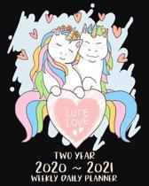 Cute Love Two Year 2020 - 2021 Weekly Daily Planner: Unicorn Gifts for Unicorn Lovers, Two Year Weekly Daily Planner: Jan 2020 - Dec 2021 with To Do l