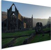 Zonsopkomst achter de Tintern Abbey in Wales Plexiglas 90x60 cm - Foto print op Glas (Plexiglas wanddecoratie)