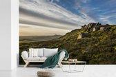 Fotobehang vinyl - Steile hellingen van de rotsen in het Nationaal park Peak District breedte 600 cm x hoogte 400 cm - Foto print op behang (in 7 formaten beschikbaar)