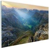 Geiranger vallei in Noorwegen Glas 90x60 cm - Foto print op Glas (Plexiglas wanddecoratie)