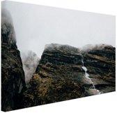 FotoCadeau.nl - Bergen in de mist  Nepal Canvas 120x80 cm - Foto print op Canvas schilderij (Wanddecoratie)