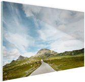 FotoCadeau.nl - Noors landschap  Glas 90x60 cm - Foto print op Glas (Plexiglas wanddecoratie)