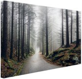 FotoCadeau.nl - Mist in de bergen Canvas 80x60 cm - Foto print op Canvas schilderij (Wanddecoratie)