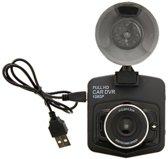 Dashcam full HD INCLUSIEF OPLADER, Je moet niet 4K kwaliteit verwachten.