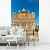 Fotobehang vinyl - De oude Griekse fontein in Gallipoli breedte 215 cm x hoogte 320 cm - Foto print op behang (in 7 formaten beschikbaar)