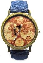 Horloge met wereldkaart en vliegtuig blauw vintage