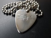 Slash hand gegraveerde RVS plectrum ketting