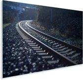 Donkere foto van een spoorweg Plexiglas 90x60 cm - Foto print op Glas (Plexiglas wanddecoratie)
