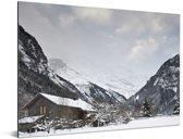Houten chalet bij de Schilthorn in Zwitserland Aluminium 80x60 cm - Foto print op Aluminium (metaal wanddecoratie)