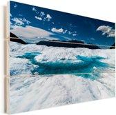 Blauw water op de Perito Moreno gletsjer Vurenhout met planken 90x60 cm - Foto print op Hout (Wanddecoratie)