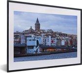 Foto in lijst - Wijk in Istanbul fotolijst zwart met witte passe-partout klein 40x30 cm - Poster in lijst (Wanddecoratie woonkamer / slaapkamer)