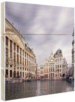 Regenachtige Grote Markt Brussel Hout 80x60 cm - Foto print op Hout (Wanddecoratie)