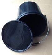 Emmer met deksel 17 liter zwart