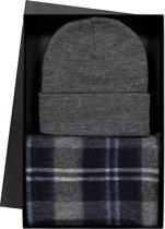 Cadeauset Michaelis heren sjaal en muts in cadeauverpakking - grijs blauw geruit