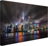 Shanghai cityscape 's nachts Canvas 120x80 cm - Foto print op Canvas schilderij (Wanddecoratie)