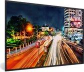 Foto in lijst - Schitterende kleuren bij de drukke wegen in Dhaka fotolijst zwart 60x40 cm - Poster in lijst (Wanddecoratie woonkamer / slaapkamer)