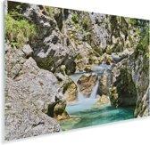 Soca-rivier en de kalkstenen rotsen in het Nationaal park Triglav in Slovenië Plexiglas 180x120 cm - Foto print op Glas (Plexiglas wanddecoratie) XXL / Groot formaat!