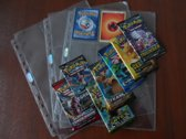 Pokemon verzamelpakket van 3 boosters / pakjes en 3 insteek pagina's / 9 pocket pages