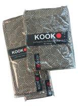 Merk: KOOK. Set van 4 placemats plus kookschort in zelfde Curlz-dessin, katoen, bruin en wit