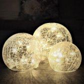 Gadgy® Glazen bol verlichting - 24 LEDlampen - Op batterijen - 3 ballen - Helder Craquelé glas – Ø 8/10/12 cm