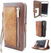 Bruine Wallet / Book Case / Boekhoesje/ Telefoonhoesje / Hoesje iPhone 7 /8 met aparte pasjesflip en rits voor kleingeld
